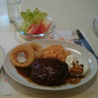 ハンバーグステーキ&ライス