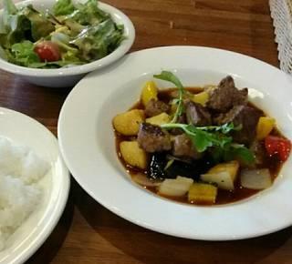 麦酒牛サイコロステーキ