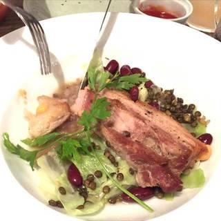 豚バラ肉とお豆のプティサレ