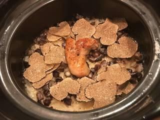 お肉屋さんの土鍋ご飯
