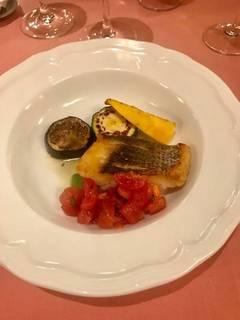 長崎港直送スズキと夏野菜のオーブン焼き ケッカソース