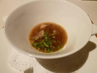 牛テールのスープ