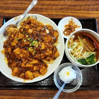 麻婆豆腐かけチャーハンと小ラーメンセット