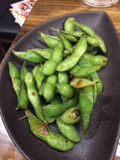 北海道中札内産炭焼き枝豆