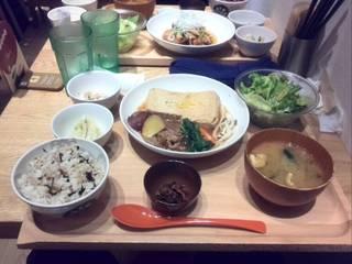 島豆腐と野菜の柚子すき煮