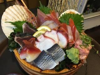 海鮮市場盛り