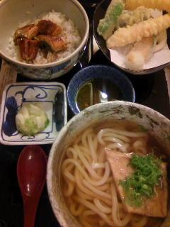 鰻飯とうどんの天ぷらセット