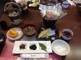 松茸・丹波産黒毛和牛すき焼き御膳