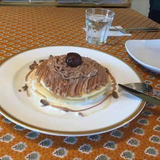 季節限定、モンブランのパンケーキ