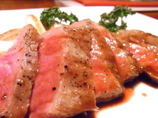 牛肉ほほ肉のステーキ