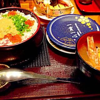 海鮮盛り合わせちらし寿司&大海老の赤だし