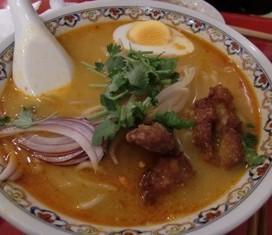 ラクサ中華麺
