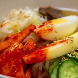 平壌冷麺 食道園