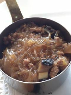 豚挽き肉と春雨の炒め煮