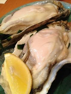 北海道産の殻付き生牡蠣