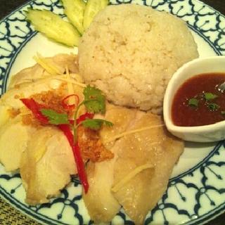 タイ風蒸し鶏ご飯