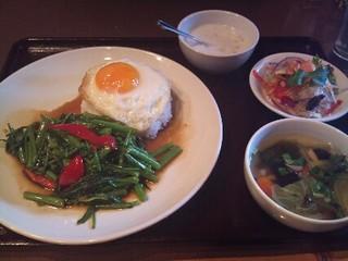 空心菜の炒め物