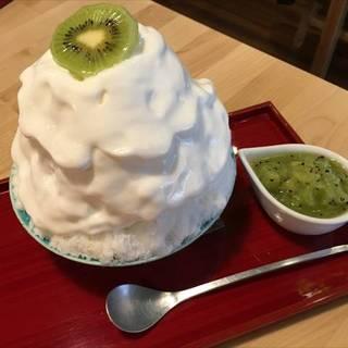 キウイのヨーグルトエスプーマ