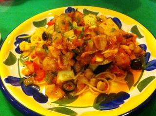 野菜とベーコンのトマトスパゲッティ