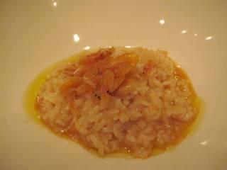 手長海老風味の焼きメロッソ 桜海老のフリットを添えて