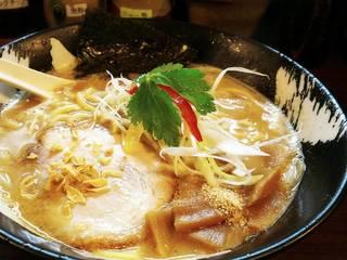 札幌白味噌とんこつ