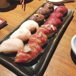 肉寿司(馬肉)