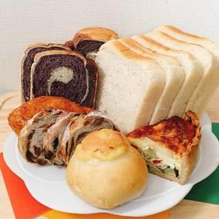 国産小麦と天然酵母のパン
