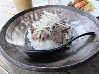 牛ステーキ丼ランチ
