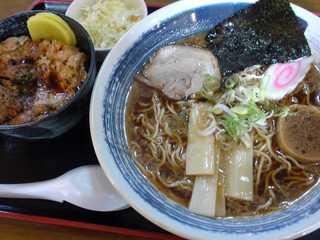 ミニ豚丼・ラーメンセット
