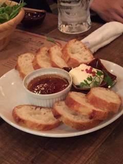 フォアグラとレバーのブリュレ、クリームチーズ
