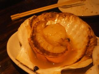 北海道産特大天然活ホタテのバター醤油焼き