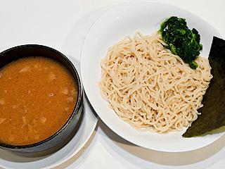 濃汁赤つけ麺