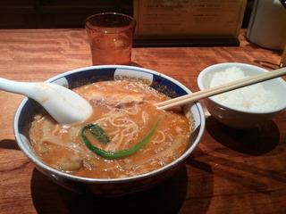 搾菜坦々麺