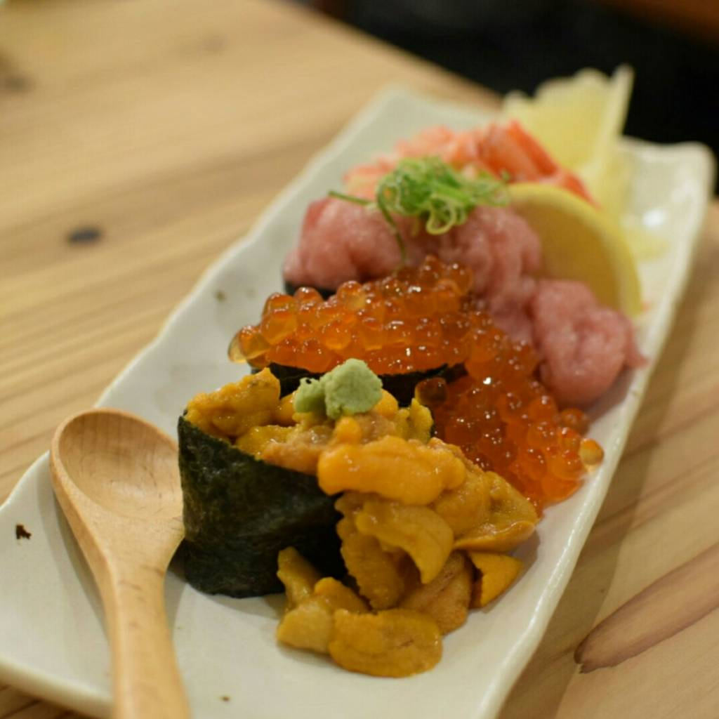 【限定5食】こぼれ寿司(イクラ・ネギトロ・カニ・ウニ)