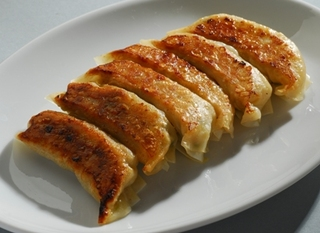 二色焼き餃子