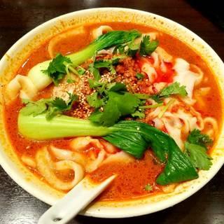 坦々刀削麺