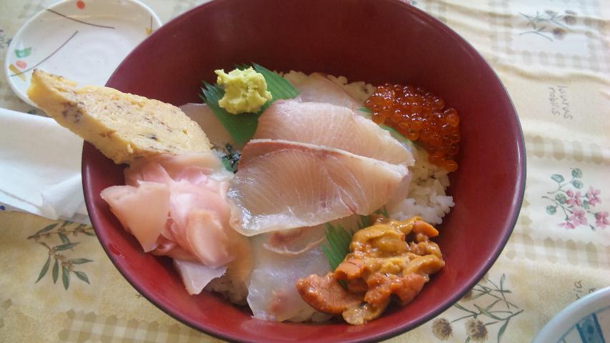 天然地魚丼