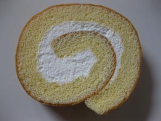 白バラホイップロールケーキ