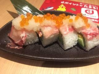 生ハムといくらのこぼれ棒寿司