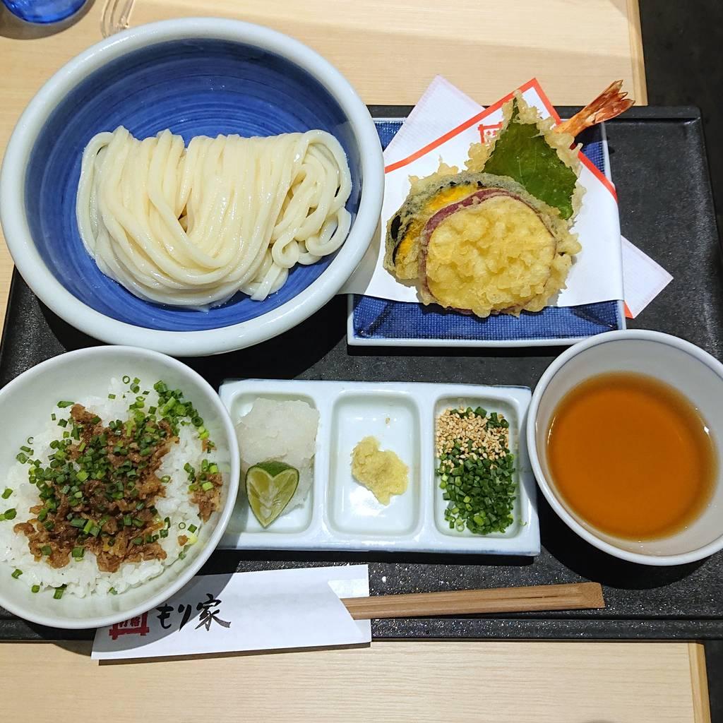 もり家の天ぷら・ご飯セット