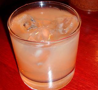牛乳酒カクテル