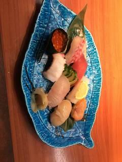 握り寿司8貫盛り