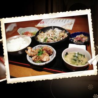 生姜焼きと油淋鶏の定食