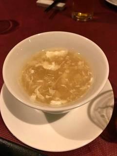 フカヒレとカニのスープ