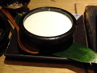 温かい出来立て豆腐 天然塩で