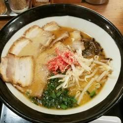 黒チャーシュー麺
