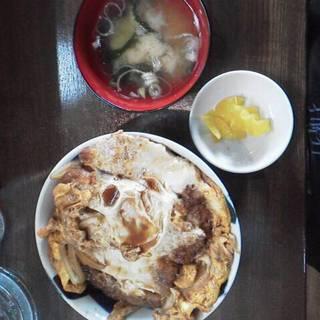 かつ丼ソース煮玉子とじ大盛りランチ