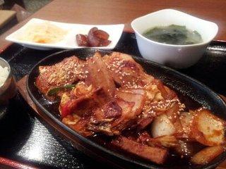 豚のピリ辛鉄板炒め定食
