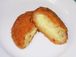 チーズフォンデュコロッケ