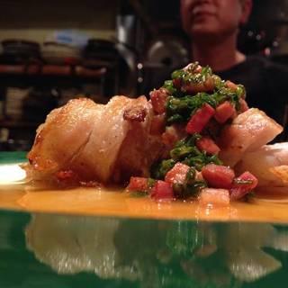 イタリア産ホエー豚の生あんこう巻ソテーこがしベーコンソース